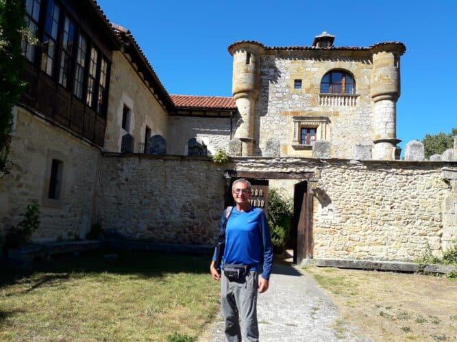 posada-torre-palacio-de-los-alvarado-el-Ribero-Burgos-marcosplanet