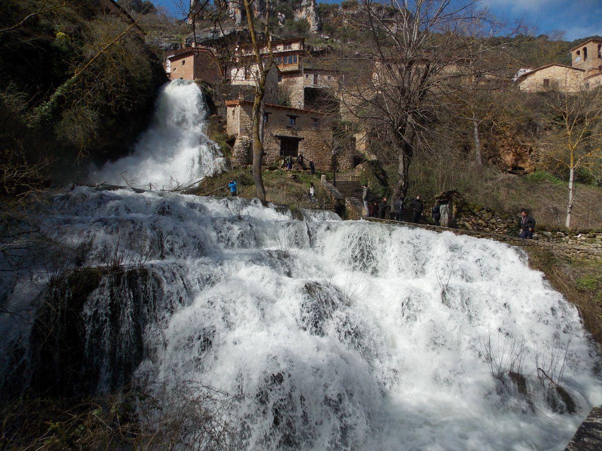 Orbaneja-curso-de-agua-rio_Ebro