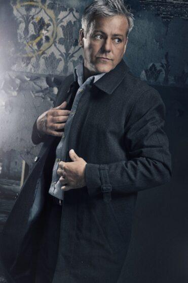 Inspector_Lestrade_Sherlock_Holmes_Marcosplanet