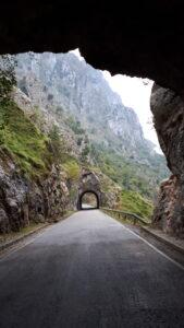 túneles_de_Poncebos_a_Sotres_marcosplanet