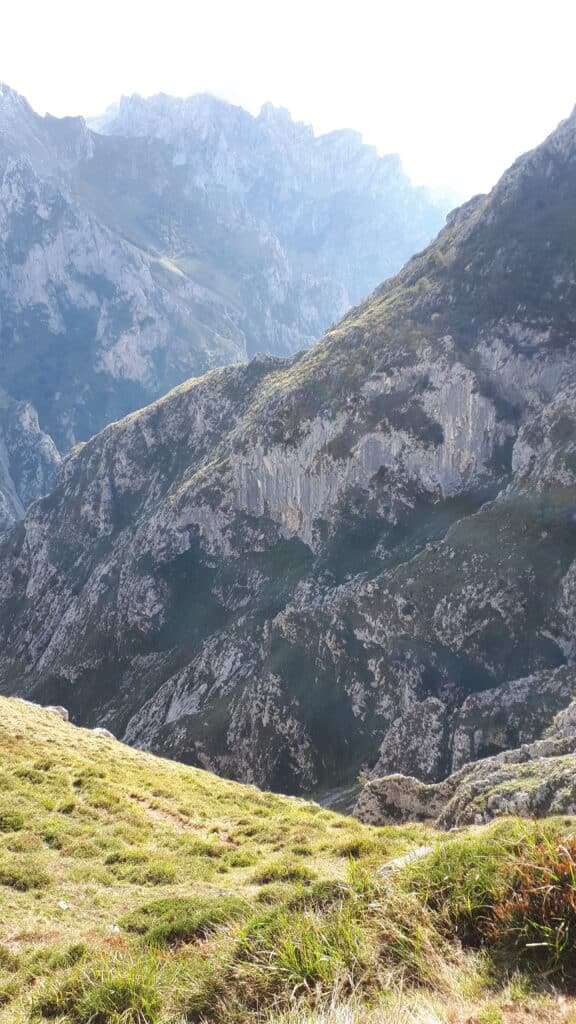 El_descenso_del_canal_del_Culiembro_marcosplanet_Picos_de_Europa