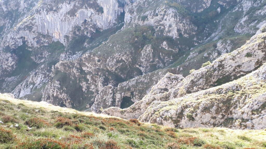 descenso_de_el_Culiembro_Picos_de_Europa_marcosplanet