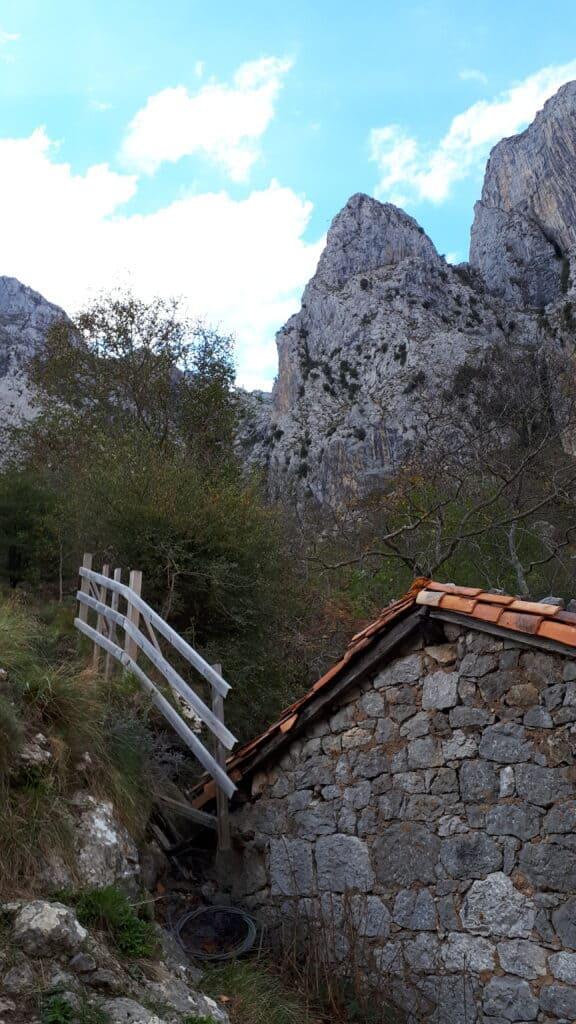final_descenso_Culiembro_Picos_de_Europa_marcosplanet