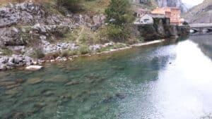 Poncebos_central_hidroeléctrica_marcosplanet