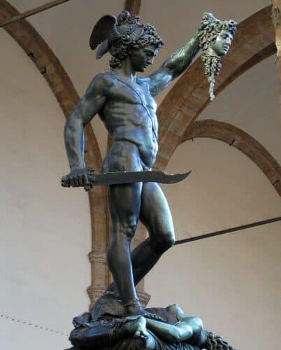 Perseo-con-la-cabeza-de-Medusa-Benvenuto-Cellini-marcosplanet