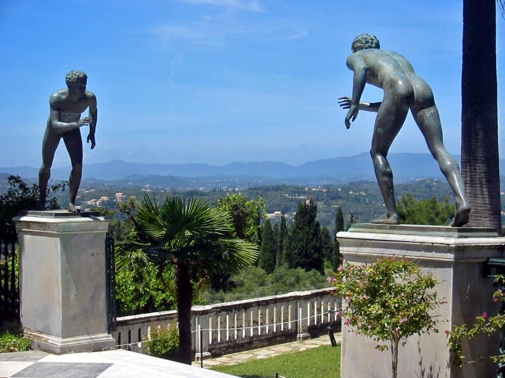 terraza-del-palacio-de-Achillion-en-Corfú-Grecia-marcosplanet
