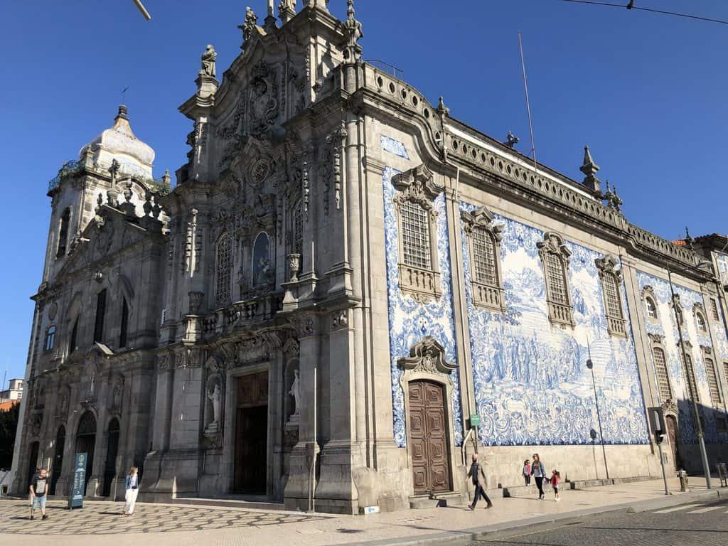 Iglesia-del-Carmen-Oporto