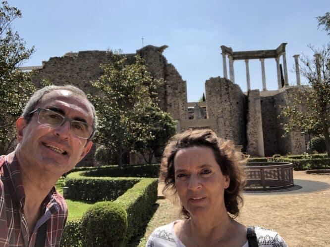 teatro-romano-de-Mérida-jardines-de-la-parte-posterior-del-escenario