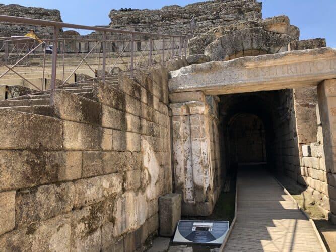teatro-romano-de-Mérida-accesos-al-escenario-marcosplanet