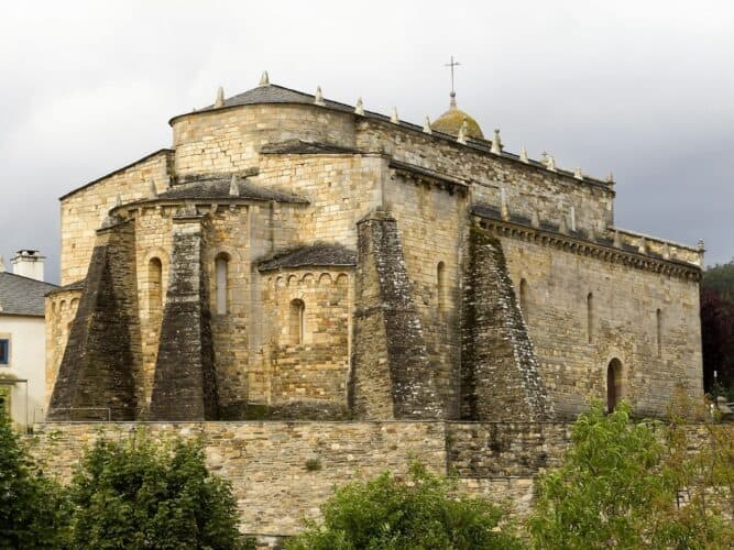 Iglesia-de-San-Martín-de-Mondoñedo-Lugo